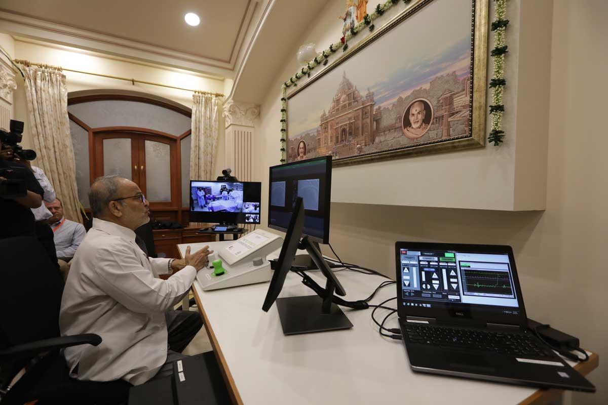 World's-first-in-human-telerobotic-Coronary-intervention-performed-at-Akshardham-Gandhinagar